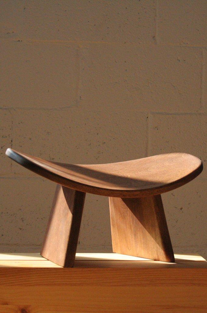 IKUKO by Bluecony Original - Travel Version - Wooden Kneeling Ergonomic Meditation Bench (Dark Brown Wood) wth cotton bag Bluecony Inc