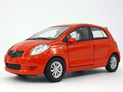Amazon com: Welly 4 25 inch Toyota Yaris - 1/34 to 1/39