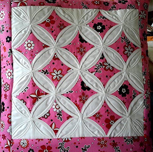 Handmade Amish Pink and White Diamonds Quillow (Pink and White)