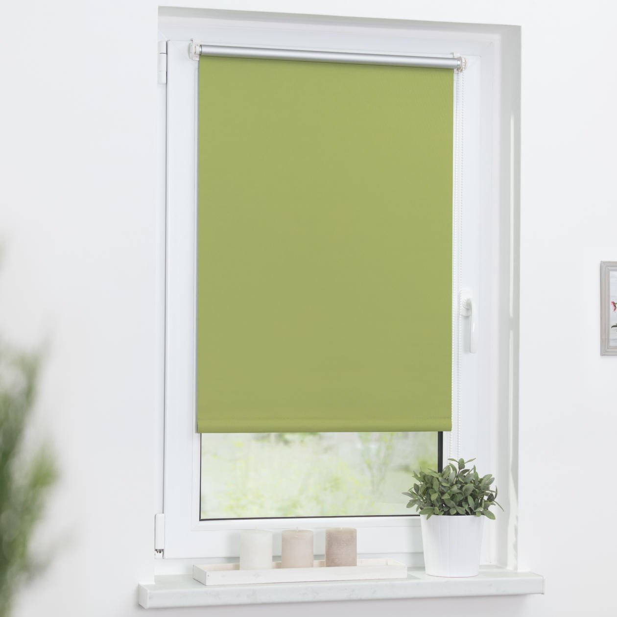 Lichtblick Thermo Roller Blind With Pre-Fixed Clamps No Drilling Necessary Black-Out Silver Coating Green 60 x 150 cm green