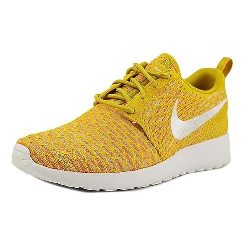 Nike Women's Roshe Flyknit Running Shoes