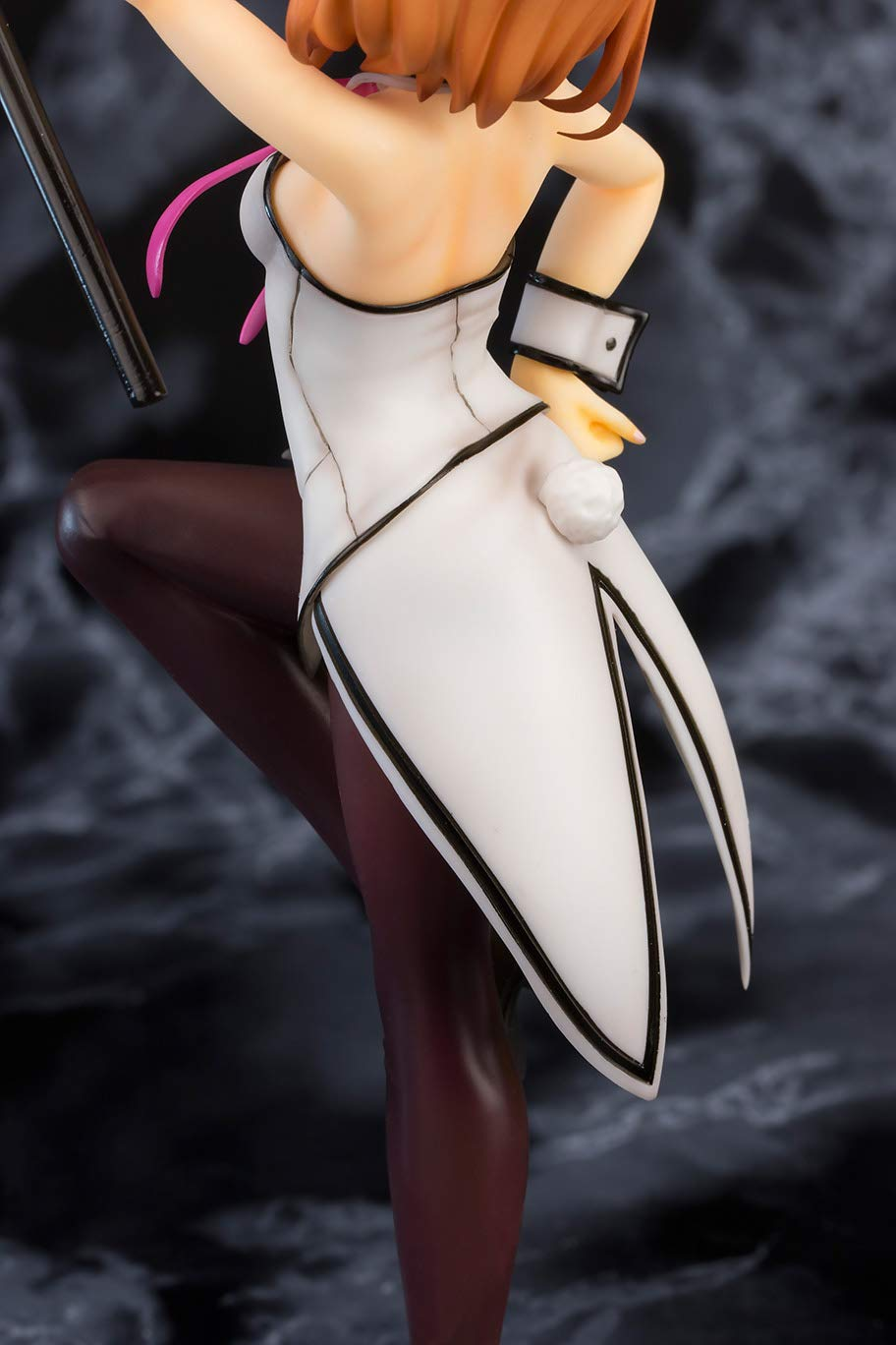 Multicolor Bunny Version 1: 8 Scale PVC Figure FOTS Japan is The Order A Rabbit?: Cocoa