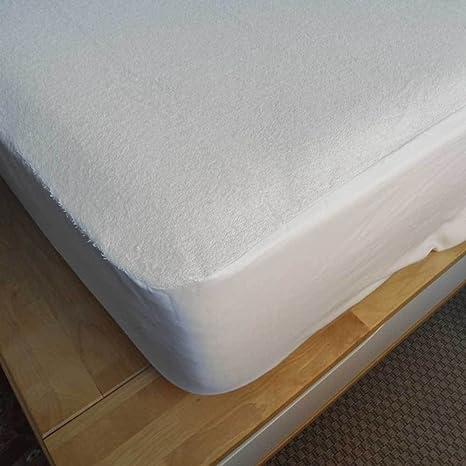 Sabanas Blancas Protector de colchón transpirable e impermeable. Medidas de colchón 90x200x25