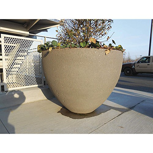 Wausau Tile – TF4122W22 – Planter, Round, 48in.Lx48in.Wx36in.H