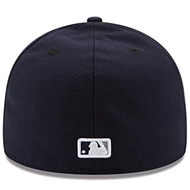 0e8c930531a Amazon.com  New Era Mens New York Yankees MLB Authentic Collection 59FIFTY  Cap  Clothing