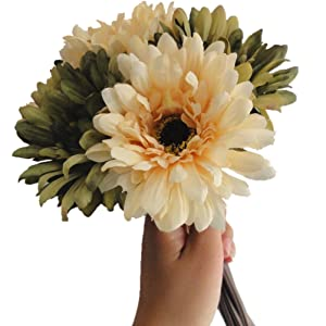 "Lily Garden 10.6"" 7-stem Mixed Color Gerbera Daisy Silk Floral Bouquet (Green)"