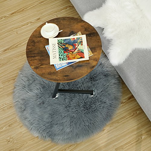 SONGMICS Super Soft Thick Faux Fur Rug, Faux Sheepskin Area Rug for Living Room Bedroom Dormitory Home Decor, Photo Prop, Diameter 3 Feet, Gray URFR91GY by SONGMICS (Image #4)
