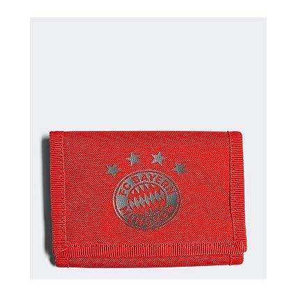 ec88875e72bf1 Amazon.com : adidas 2018-2019 Bayern Munich Wallet (Red) : Sports ...