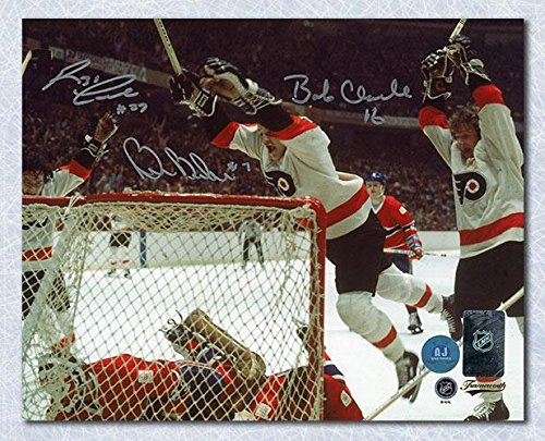 Bobby Clarke Autographed Photo - Barber & Leach LCB Line 8x10 - Autographed NHL Photos ()