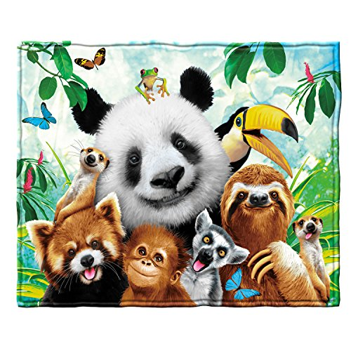- Zoo Animals Selfie Fleece Throw Blanket