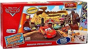Amazon.com: Disney / Pixar CARS Movie Exclusive Playset
