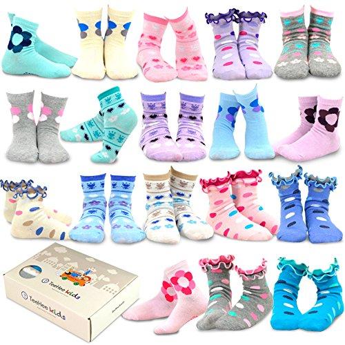 (TeeHee Kids Girls Fashion Cotton Fun Crew 18 Pair Pack Gift Box (6-8Y, Flower and Ruffle))