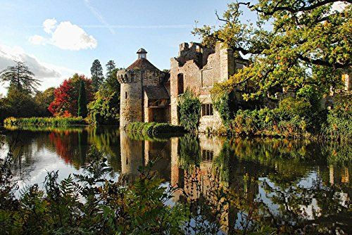 Gifts Delight Laminated 35x24 inches Poster: Scotney Castle Castle Kent Sussex Medieval England Reflection Manor-House Heritage Travel Historic UK Britain Garden