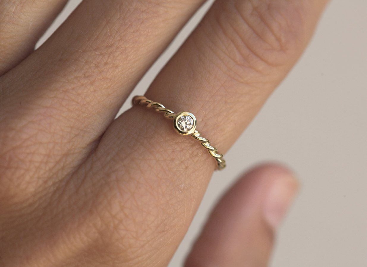 Amazon Com Twisted Ring Gold Rope Ring Rope Diamond Band Solitaire Diamond Ring Twisted Gold Band 14k Solid Gold Wedding Ring Handmade