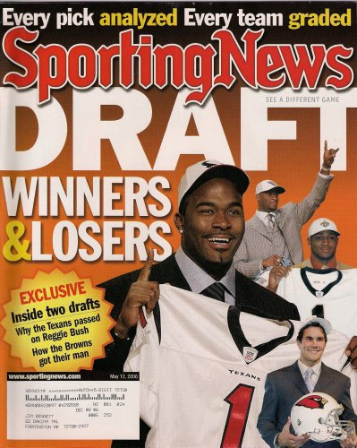 Reggie Bush Draft - REGGIE BUSH VINCE YOUNG SPORTING NEWS 2006 NFL DRAFT ISSUE
