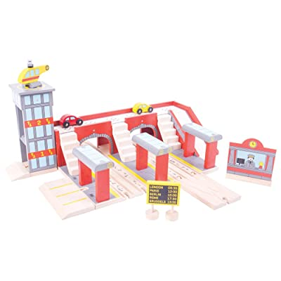 Bigjigs Rail Wooden Grand Central Station for Wooden Train Set - Train Set Accessories: Toys & Games