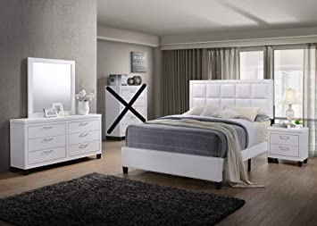 Amazon Com Gtu Furniture Contemporary Styling White 4pc King Bedroom Set K D M N Furniture Decor