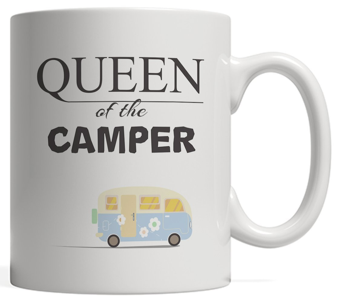 Queen of the Camper Mug – Happy womanプレゼントハイキングキャンプガールズGlamper Who Loves GlampingまたはテントTribalハイカーMom and Summer Road Trip Lover 。GlampレトロRVトレーラーfor Camp Lifeスタイル   B073VWZG1G