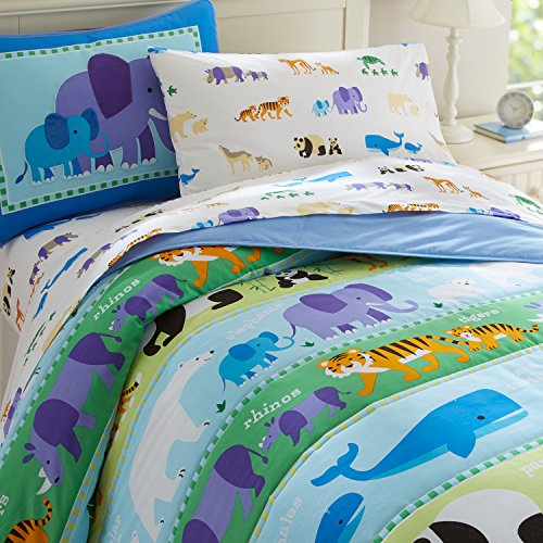Wildkin Lightweight Full Comforter Set, 100% Cotton Full Comforter with Embroidered Details, Includes Two Matching Shams, Coordinates with Other Room Décor, Olive Kids Design – Endangered Animals by Wildkin