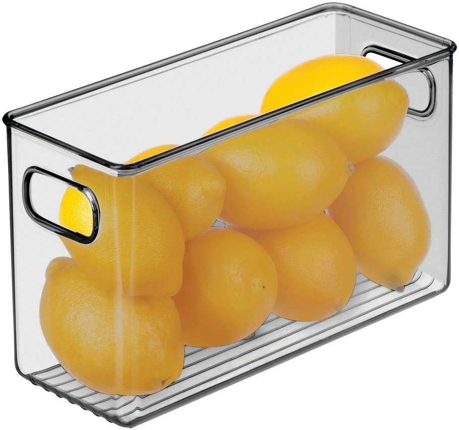 mDesign Juego de 4 cajas organizadoras con asas Pr/áctico organizador de frigor/ífico para almacenar alimentos Contenedor de pl/ástico sin BPA para armarios de cocina o nevera transparente//gris