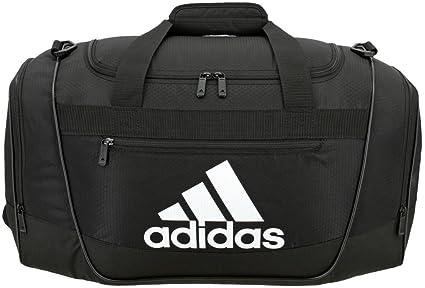 03d86ebd12 adidas Defender III Duffel Bag  Amazon.in  Bags