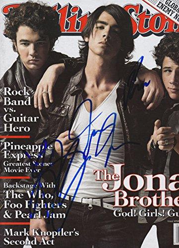 Jonas Brothers signed Rolling Stone (Rolling Stone Magazine Jonas Brothers)
