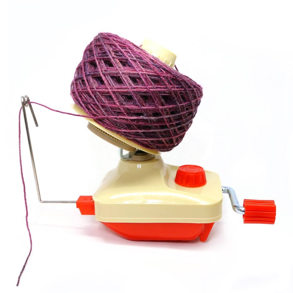 Paradise Fibers Hand-Operated Easy Yarn Ball Winder 4-Ounce PF-EZBALL1
