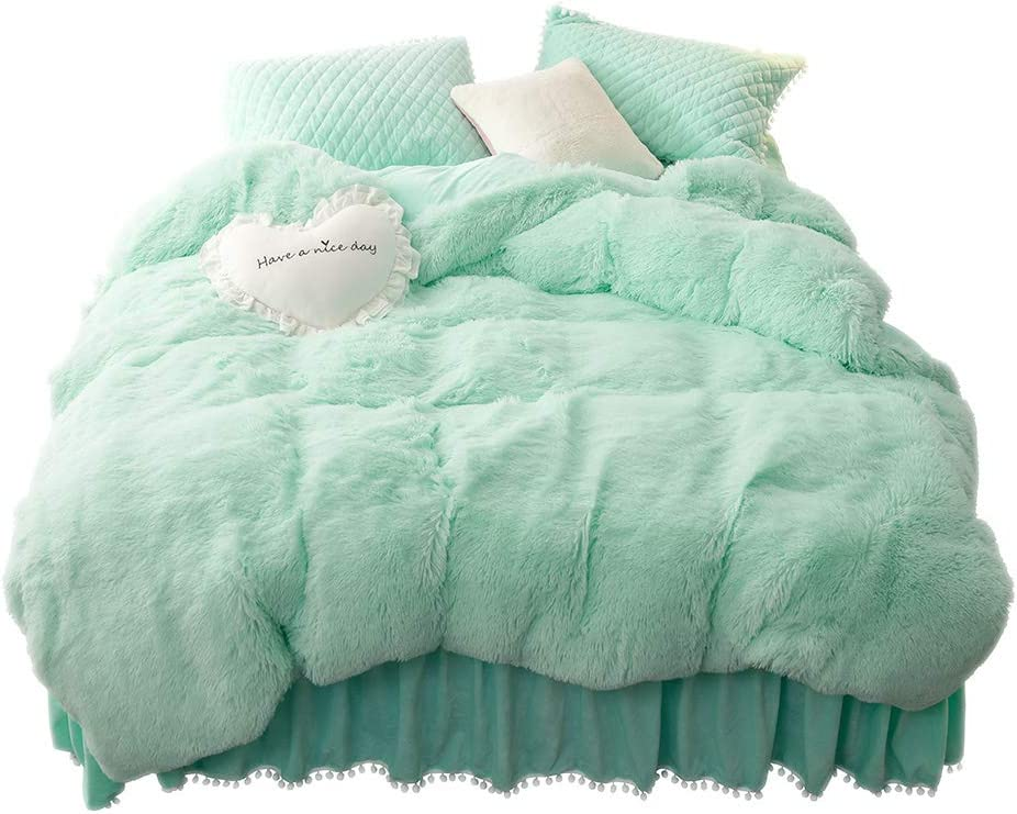 LIFEREVO Luxury Plush Shaggy Duvet Cover Set (1 Faux Fur Duvet Cover + 2 Pompoms Fringe Pillow Shams) Solid, Zipper Closure (Queen, Mint)