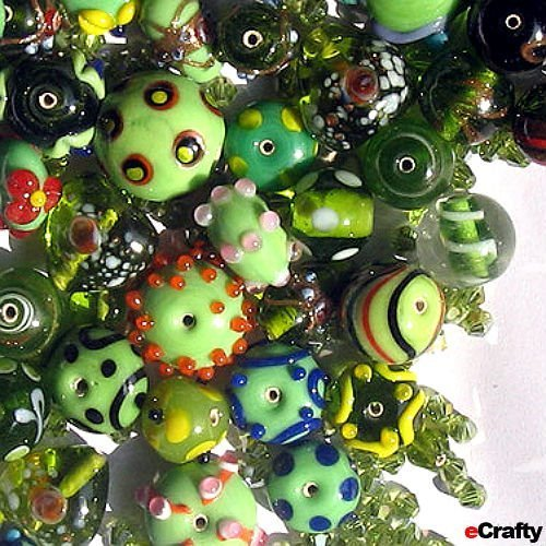 Jewelry Maker's Lampwork Crystal Glass Beads Mix Holiday Green 50+ ()