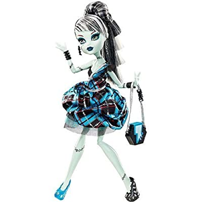 Monster High Sweet 1600 Exclusive Frankie Stein: Toys & Games