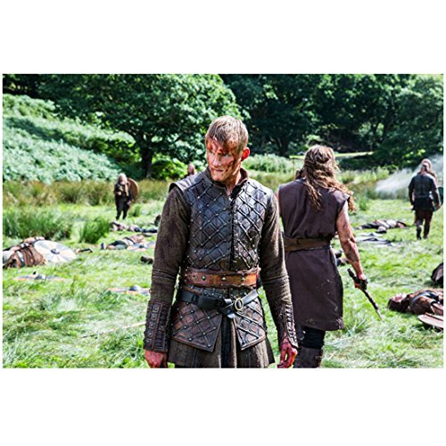 Vikings 8 x 10 Photo Alexander Ludwig/Bjorn Lothbrok Bloody in Field after Battle kn