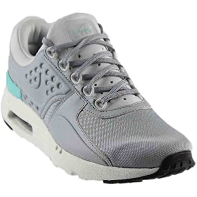 en soldes 2ec02 50dab Nike Men's Air Max Zero Premium Ankle-High Fabric Running Shoe