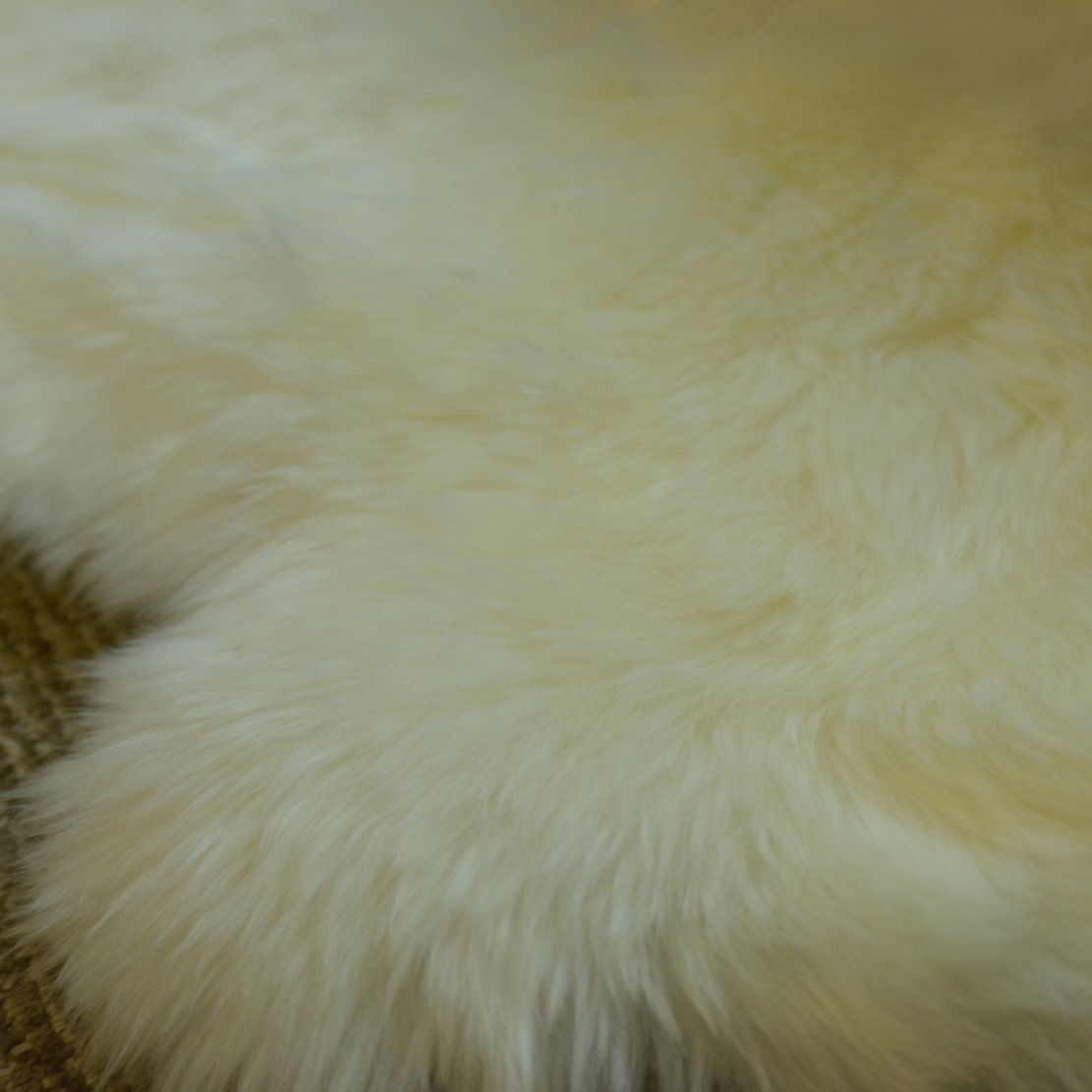 DUMI Sheepskin Fur Rug Double Pelt Sheepskin Rug Genuine Soft Natural Merino Lambskins 2 Feet x 6 Feet-Natural White