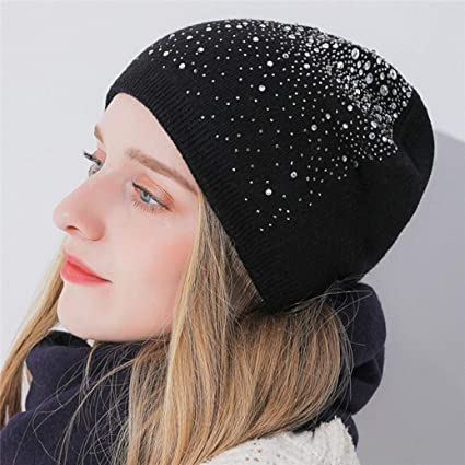 fc3a017c7f2 Amazon.com  Sunny Love 2018 New Women Baggy Warm Crochet Winter Wool Knit  Ski Hat Skull Caps (D)  Sports   Outdoors