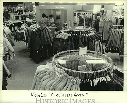 Vintage Photos 1982 Press Photo Customers Shopping At Kohls Department Store In Milwaukee