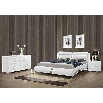 Amazon.com: Overstock Porter Contemporary 3-Piece Bedroom Set with ...
