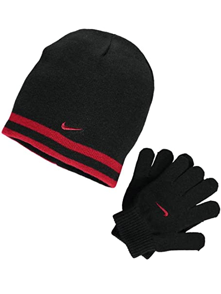 02ce5d00 Amazon.com: Nike Boy`s Reversible Beanie and Gloves Set: Sports & Outdoors