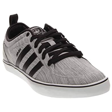 the best attitude cbe5a 9fcbc Amazon.com  adidas ARD1 Low  Shoes