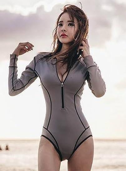 8529feb17e052 MuQing Women s One Piece Long Sleeve Swimsuit Zipper Rash Guard Swimwear  6-8