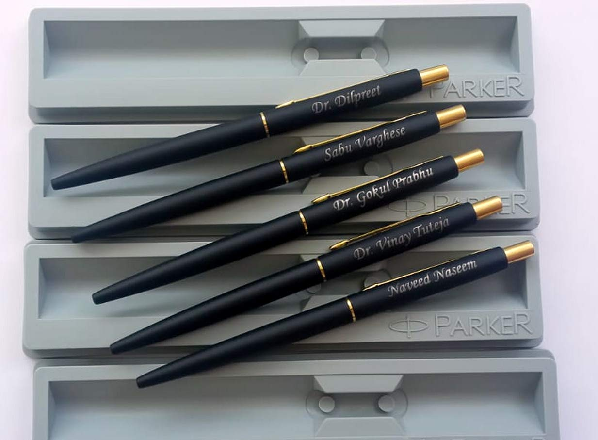 10 x  Personalised Engraved Parker Jotter Steel GT Gold Trim Ball Pen Gift Box