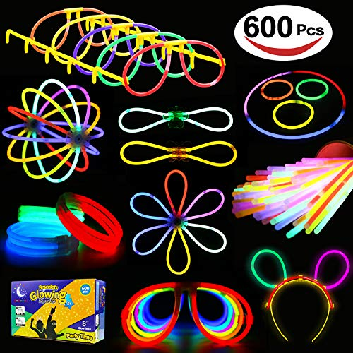 Glowstick, (600 Pcs Total) 250 Glow Sticks Bulk 7 Colour and Connectors for Bracelets Necklaces Balls Eyeglasses and More, Funcorn Toys Light up in The Dark Stick for Kid Party Birthday Halloween Gift -