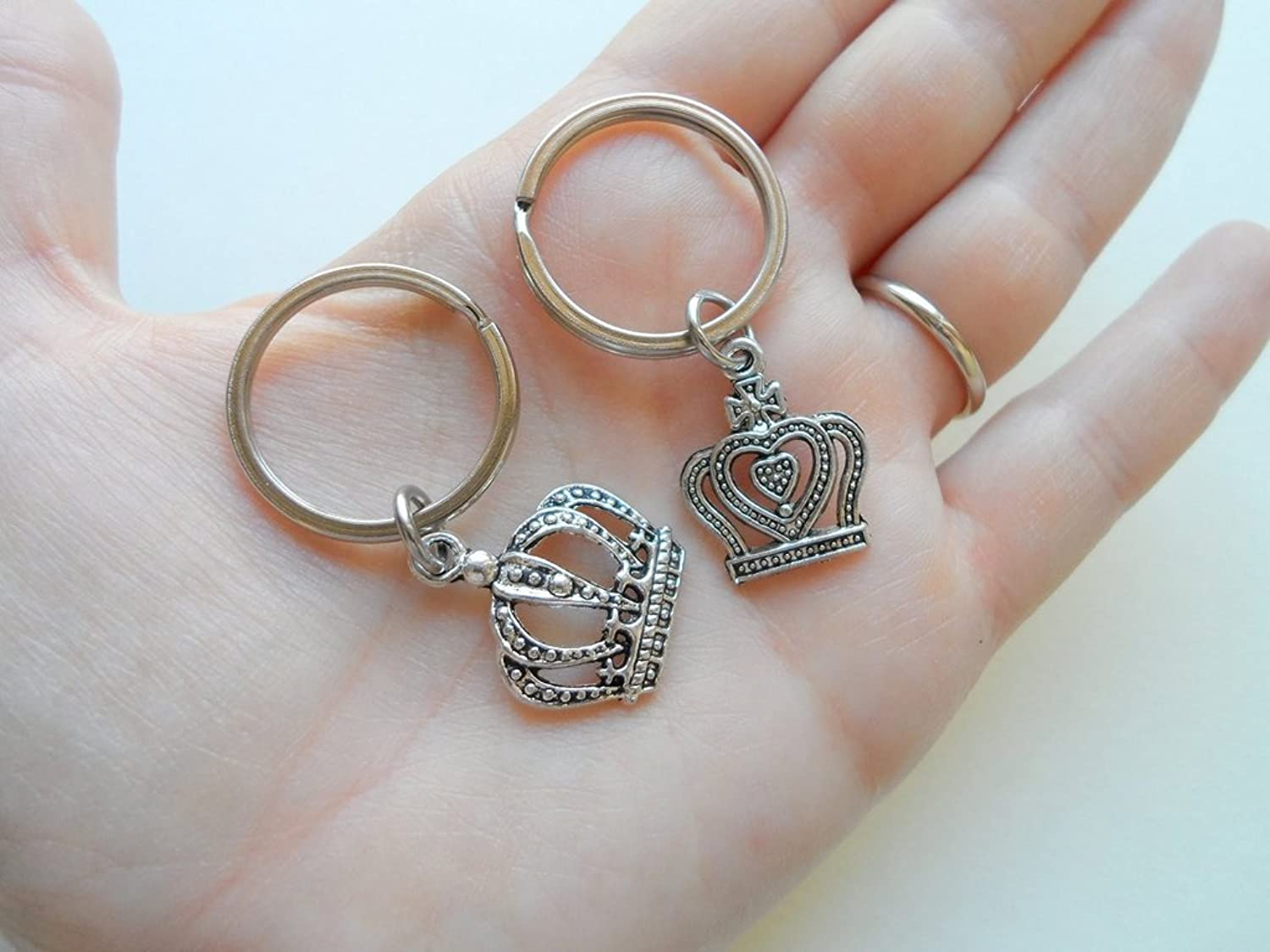 Silver Tone King And Queen Crown Keychain Set