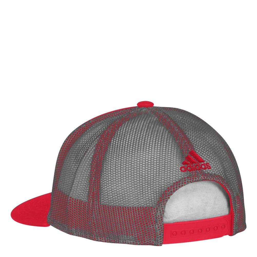 d64bb757a0a83 Amazon.com   adidas Detroit Red Wings Men s Trucker Hat NHL Meshback Cap    Sports   Outdoors