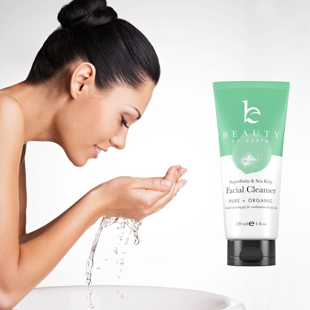 Facial cleaner w/o parabans