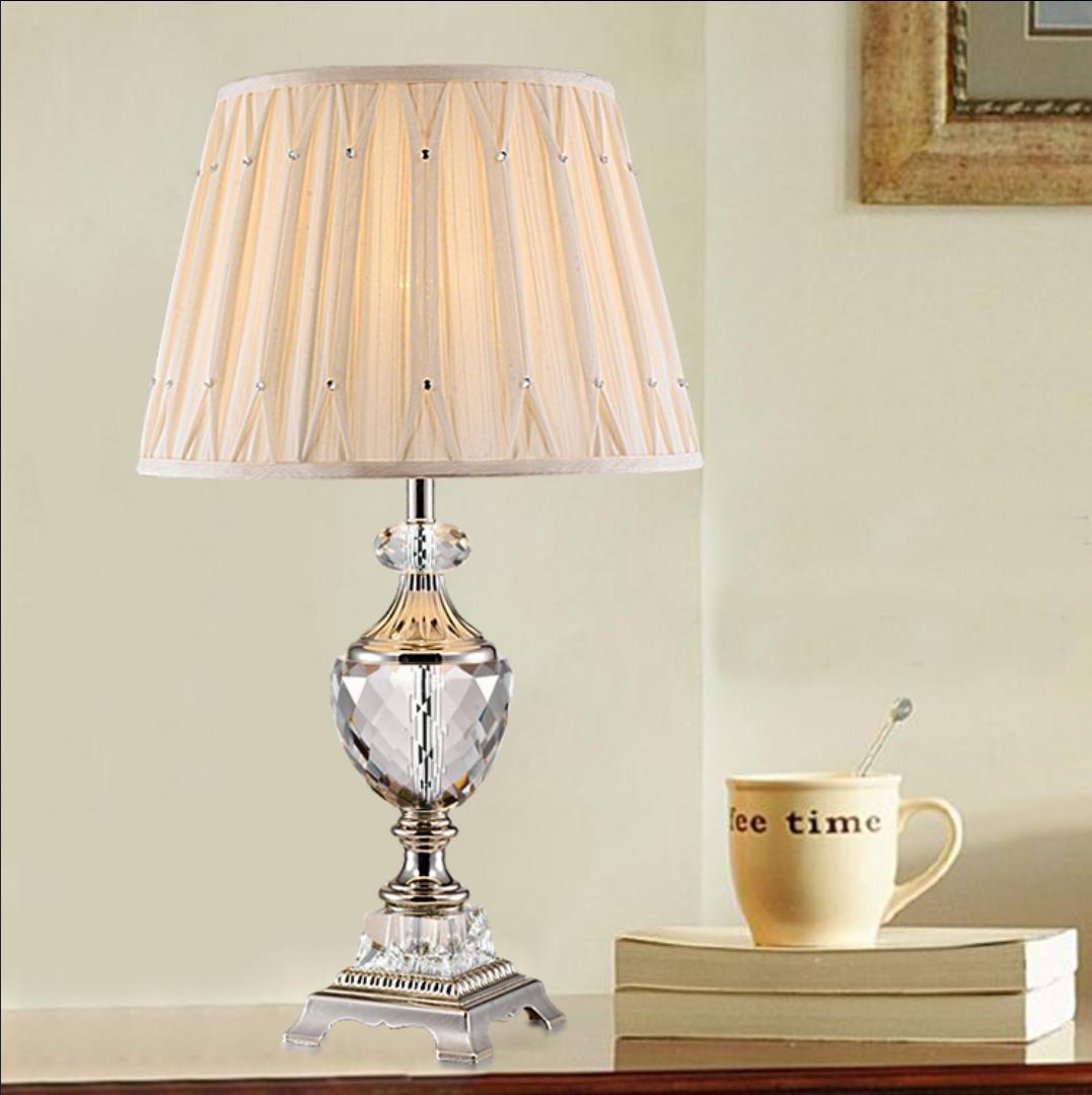 Luxus-Schlafzimmer Nachttischlampe gehobenen Kristall dekorative Tuch Hochzeit Ehe Raumatmosphäre Lampe (ohne Lichtquelle)