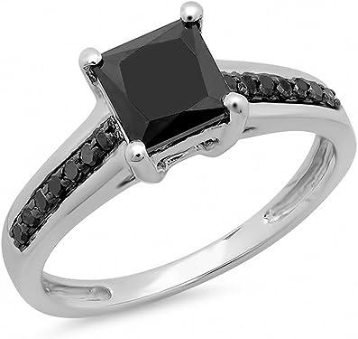 anillo con diamante cuadrado negro