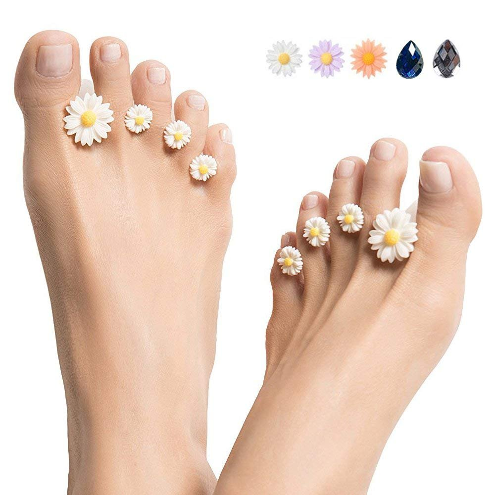 Silicone Toe Separators 8-Piece Spacers Bouquet of White Silicone Toe Separators Spacers for Home and Salon Pedicures - Flower Design (White)