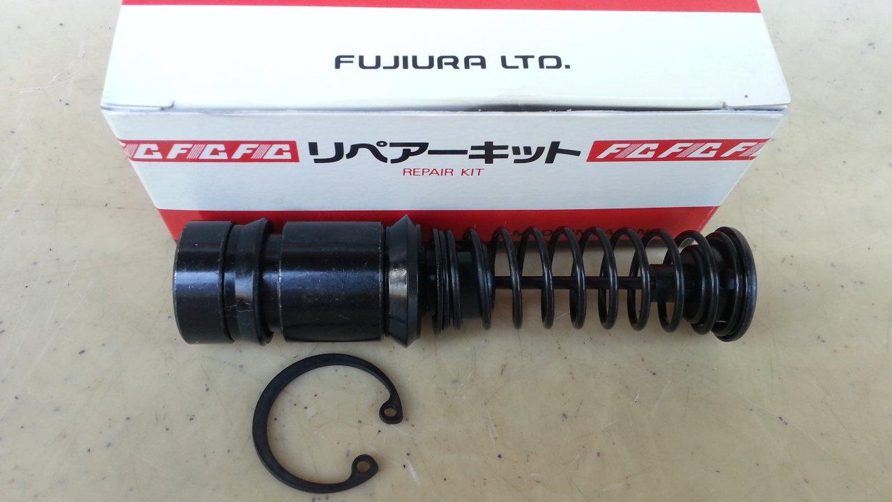 Kit de reparación de cilindro maestro de embrague Mitsubishi Canter 7/8 fr4118 mb165009: Amazon.es: Coche y moto