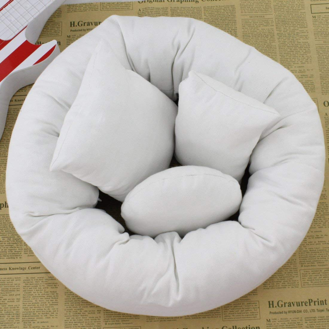 Formulaone Comfortable 4Pcs/Set 2 Colors Baby Newborn Pillow Basket Filler Wheat Donut Photography Props Set