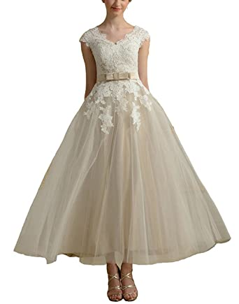 picked up cheaper on feet images of Cloverdresses Short Wedding Dresses for Bride Lace Bridal ...